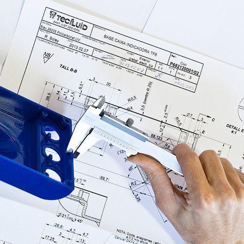 Diseño y fabricación de equipos para nivel y caudal