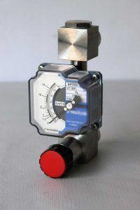 Cabalimetre-area-variable-tub-metal_lic-M21_amb_valvula-Tecfluid