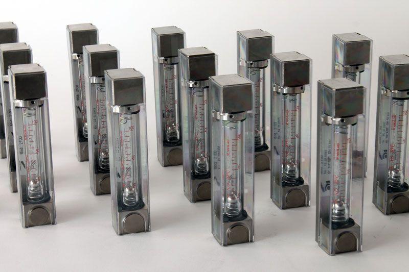 Caudalimetros-area-variable-tubo-vidrio-serie-2000-tecfluid