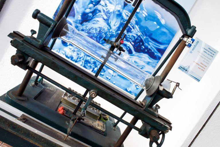 Maquina-de-grabar-tubos-vidrio-1974-tecfluid