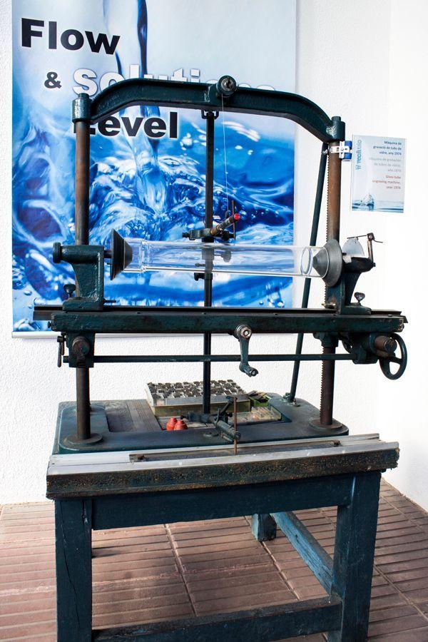 Maquina-de-grabar-tubos-vidrio-1974-tecfluid-pantografo